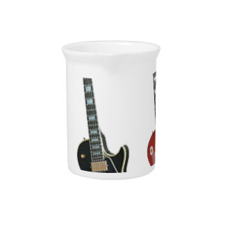 3 ELECTRIC GUITARS PITCHER