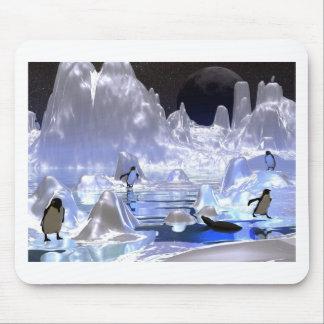 3d art penguin holiday mouse mat