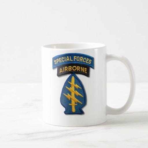 3rd special forces green berets veterans Mug