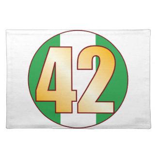 42 NIGERIA Gold Placemat