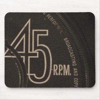 45 Retro mouse mat