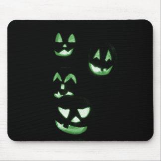4 Lit Jack-O-Lanterns - Green Mousepad