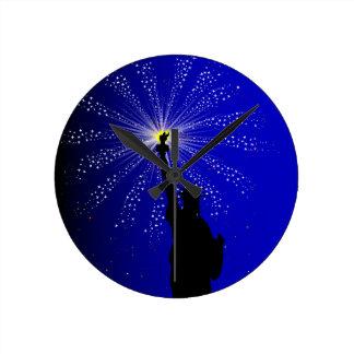 4th July Round Clock