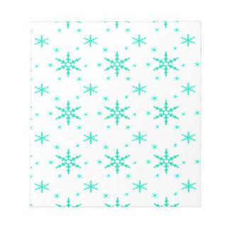 518 Cute Christmas snowflake pattern.jpg Notepad