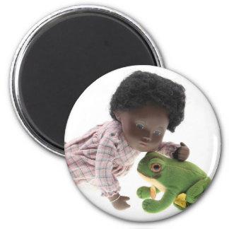 519 Sasha Cara Black baby magnet
