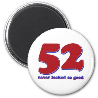 52 years 6 cm round magnet