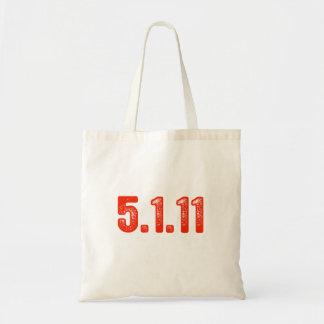 5-1-11 TOTE BAGS