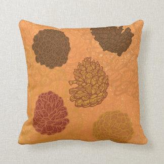 5 pinecones cushion