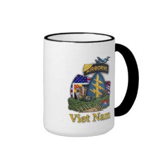 5th green berets veterans vietnam vets Mug