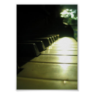 5x7 Piano in Sunlight Poster