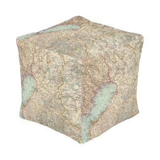 68 Finland Cube Pouf