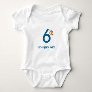 6 MOTHS OLD BABY BODYSUIT