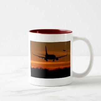 737s2suset Two-Tone mug