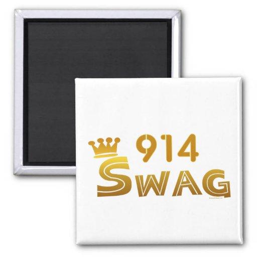 914 New York Swag Magnet