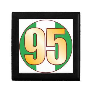 95 NIGERIA Gold Gift Box