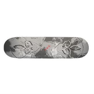 A51 Groom Lake Alien Metalic Custom Skate Board