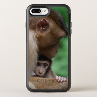 A Baby Macaque And It's Mother OtterBox Symmetry iPhone 8 Plus/7 Plus Case