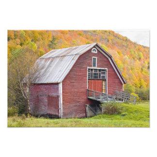 A barn in Vermont's Green Mountains. Hancock, 2 Art Photo