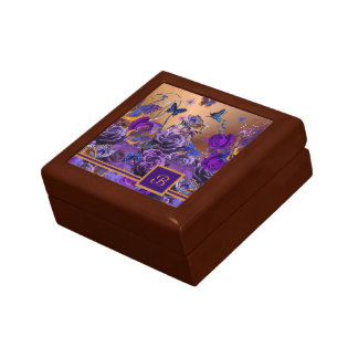 A Bouquet of Butterflies Small Square Gift Box