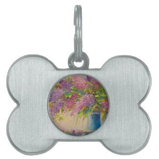 A bouquet of lilacs pet tag