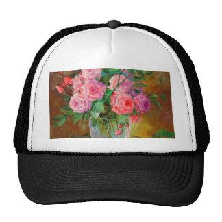 A bouquet of roses in vase cap