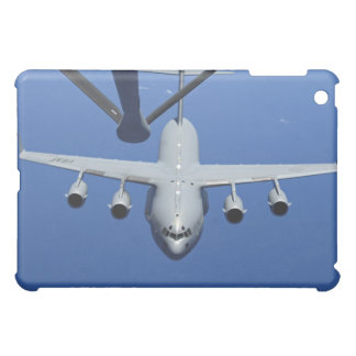 A C-17 Globemaster III approaches the boom Case For The iPad Mini