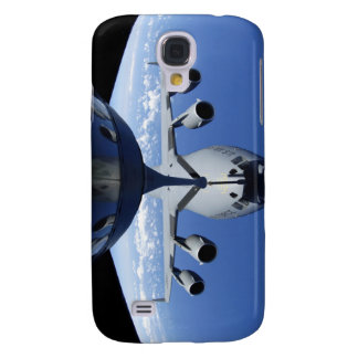 A C-17 Globemaster III receives fuel Galaxy S4 Case