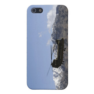 A CH-47 Chinook takes off iPhone 5 Case