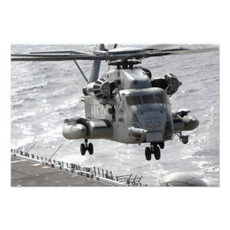 A CH-53E Super Stallion helicopter Photo Print
