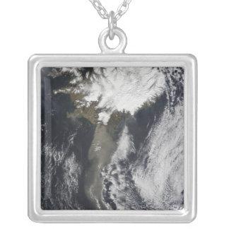 A cloud of ash pendants