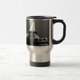 A country's light travel mug