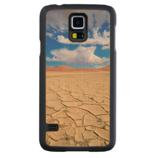 A cracked desert plain carved maple galaxy s5 case
