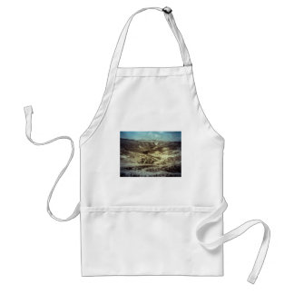 A desert storm standard apron