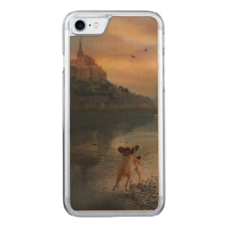 A doggy at the beach carved iPhone 8/7 case
