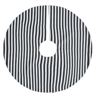 A Elegant Black and White Modern Stripes Brushed Polyester Tree Skirt