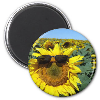 A Face in the Crowd 6 Cm Round Magnet
