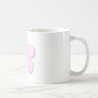 A five-petal pink flower mug