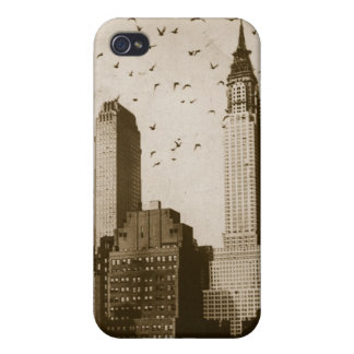 A flock of birds flying iPhone 4/4S cover