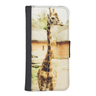 A Giraffe In An African Village, Animal Photograph iPhone SE/5/5s Wallet Case