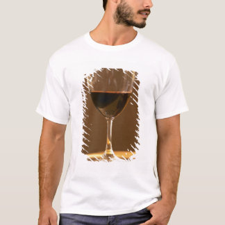 A glass of red Chateau Belgrave in sunlight - T-Shirt