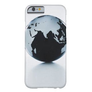 A globe 2 barely there iPhone 6 case