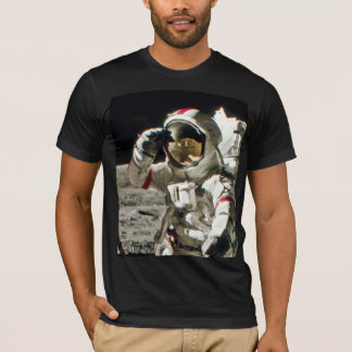 A Hero's Salute From Apollo 17 II T-Shirt