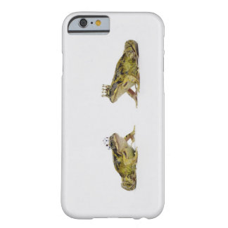a king and queen frog looking at each other barely there iPhone 6 case