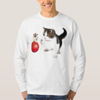 A kitten decorates your Christmas tree T-Shirt
