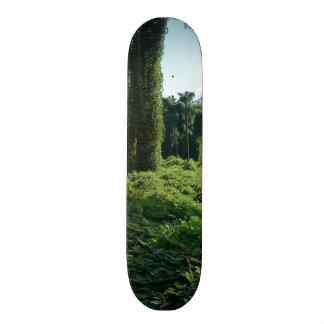 A Kudzu World Skateboard