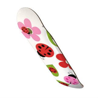 A Ladybug Garden 21.6 Cm Skateboard Deck