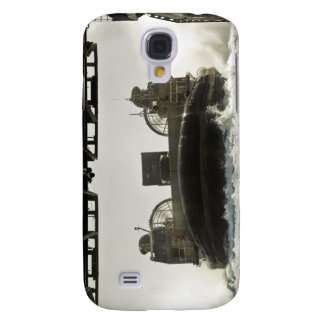 A landing craft air cushion prepares to enter galaxy s4 case