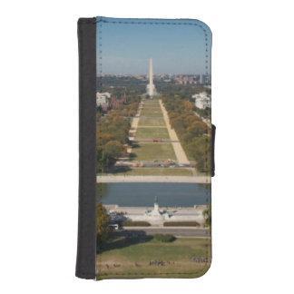 A landscape view of Washington DC iPhone SE/5/5s Wallet Case