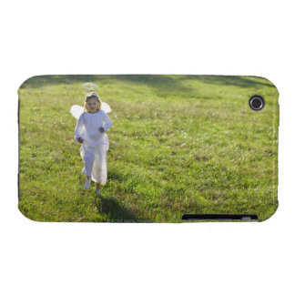 A little angel skips toward the viewer in a iPhone 3 case