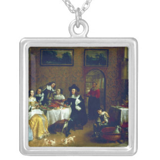A Noble Family Dining Silver Plated Necklace